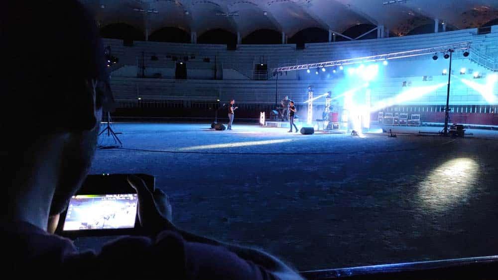 Photos après le tournage Live de Sing dans les arènes de Lunel